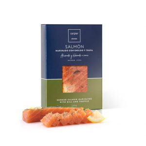 Smoke salmon fillet with dill and truffle