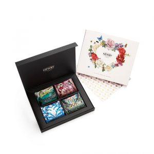 Dutch Roses Edition: Silken Pyramids Selection Box