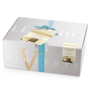 Artisan Colomba  Le Chic with extra fine white chocolate