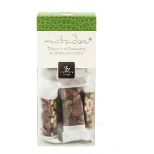 Crunchy nougat pieces with pistachio