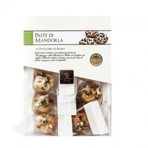 Classic almond Sicilian cookies with pistachio